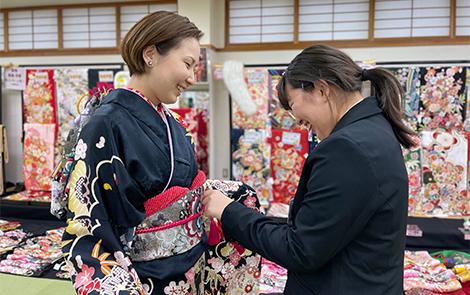 千葉県の着物・振袖店みかわやの着装研修